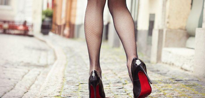 Γιατί οι νεαρές Βρετανίδες φοβούνται να κυκλοφορήσουν στο δρόμο;
