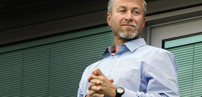 Ο πλανόδιος πωλητής που έγινε δισεκκατομυριούχος λέγεται Ρομάν Αμπράμοβιτς