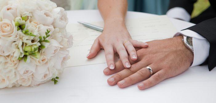 Ηλεκτρονικά πλέον γάμοι, σύμφωνα και διαζύγια