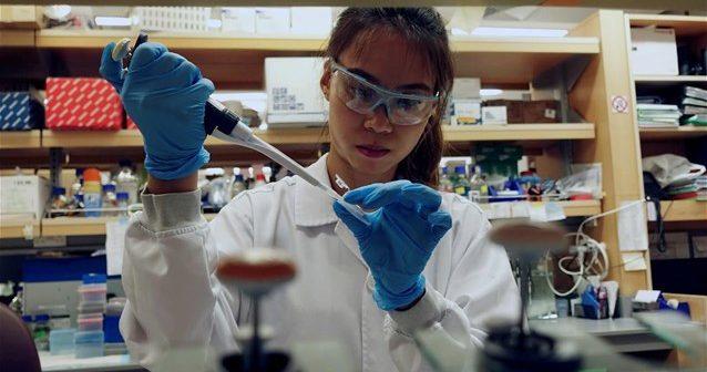 Κορωνοϊός: Τι αλλάζει στην ψυχολογία όσων εμβολιάζονται